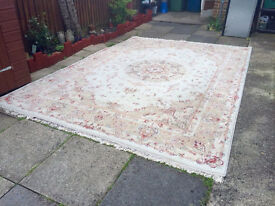 persian machine woven carpet 12 m squared total surface area 4x3m