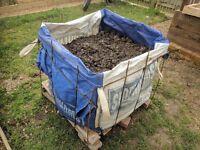 Free topsoil / garden soil