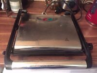 Homebase Sandwich Press and Grill - Excellent Condition