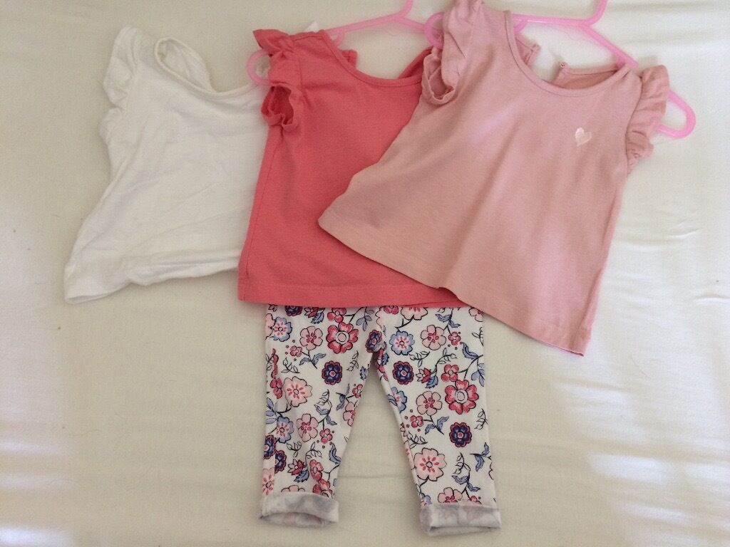 Baby clothes bundle leggings and topsin Hengoed, CaerphillyGumtree - 3 tops with 1 pair of leggings/ stretch jeans Size 3 6 months All worn but in good condition. Check out my other items for sale