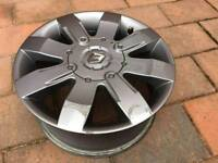 Clio Sport 182 anthracite alloy wheel with centre cap