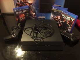 Sony Playstation 4 Excellent condition with 3 games