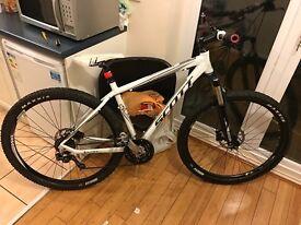 Scott bike look look look