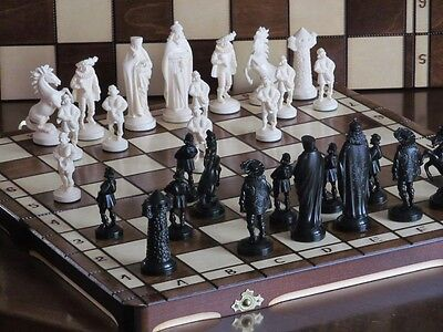 Brand New ♚ Medieval Design Chess Set ♞Great Board.