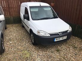 Vauxhall Combo 1.3 cdti low mileage and clean
