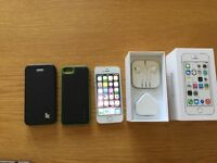 Iphone 5s 32gb white/silver - excellent condition (open to all networks)