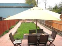 SUPER SPACIOUS 6 BEDROOM 2 BATHROOM HOUSE WITH 2 CAR DRIVE NR ZONE 3 TRANSPORT DIRECT TO C. LONDON