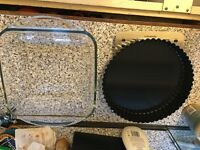 Baking pie tray and casserole oven dish