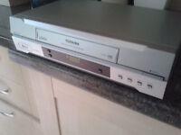 TOSHIBA V633UK Nicam Stereo VHS Video Cassette Recorder