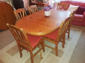 Solid pine extending dining table & 6 chairs