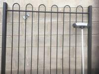 Hoop top fence panels