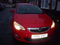 Vauxhall Astra J 1.4I 16V Excite 5Dr Petrol Hatchback 2011