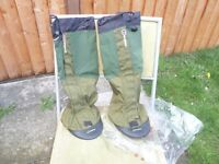 New Berghaus Yeti Attak II Gaiters - In Green, Small Size, No packaging but new - £40