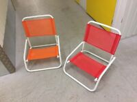 2 folding picnic chairs
