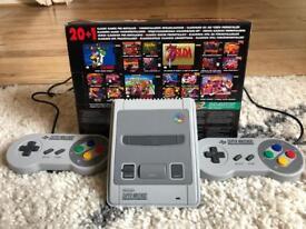 Super Nintendo Classic Mini Perfect Condition, fully boxed.