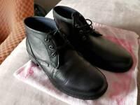 Hi-tec shoes , ( boots ) black, size 11 , (Eu 45 )