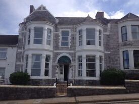 8/9 Bed Student House - Plymouth