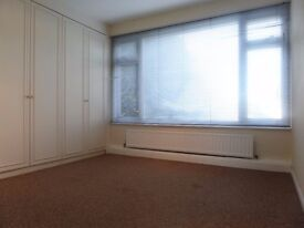 ***AVAILABLE NOW*** LARGE TWO DOUBLE BEDROOM FLAT TO RENT IN REDBRIDGE IG1!