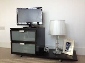 Small modern TV/stereo stand
