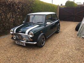 Classic Mini Cooper mainstream