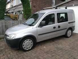 Vauxhall Combi 2000CDTi Deisel 5 seater