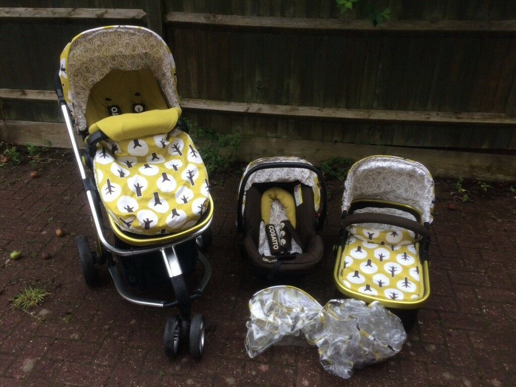 Cosatto giggle2 treet travel system