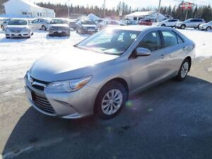 2015 Toyota Camry LE, HEATED SEATS, BACK UP CAMERA!!