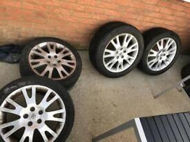 Laguna alloy wheels with tyres
