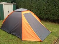 Aventura 3 Man Dome Tent is easy to pitch in approximately 15 minutes good clean condition
