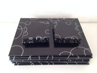 Gorgeous Glass Table & drinks Coasters, black with white swirl pattern, Ex.Cond, 8 of each!