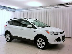 2015 Ford Escape SE 4WD SUV w/ Backup Camera, Alloy Wheels, Navi