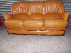 Italian Tan Leather 3-1-1 Suite