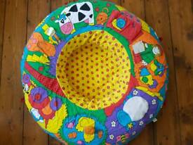 Inflatable play ring for babies
