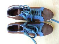 Johnny Boden Size 9 UK (43 EU) desert boots