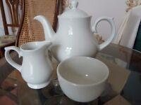 Good quality Churchill Sandringham hotel quality teapot, jug and sugar bowl as new