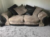 3+2 seater suits sofa immaculate condition