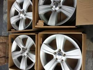 BRAND NEW TAKE OFF FACTORY OEM 2017  JEEP COMPASS / PATRIOT 17  INCH ALLOY WHEEL SET OF FOUR.