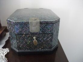 Jewellery Box / Oriental Style