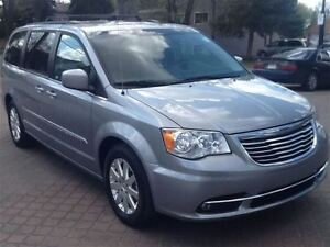 2013 Chrysler Town & Country Touring mini van