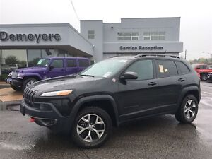 2016 Jeep Cherokee Trailhawk LEATHER...ROOF