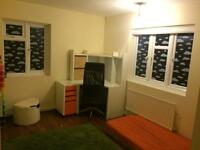 2 bed london Wembley wants 3/4 bed Leicester