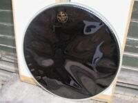 1 x 20 EVANS CLASSIC & 1 x 22 EVANS BASS DRUM HEADS GLOSS BLACK VGC VARIOUS £'S (Collection LE27QT)