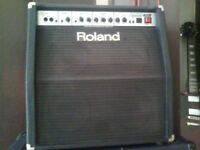 85Watts Rare Roland 408 Amplifier. Priced to sell