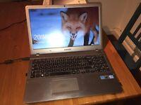 "Samsung Series 5 15.6"" screen Laptop (Windows 10)"