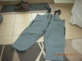 Rohan Climbing Trousers knee length size 44
