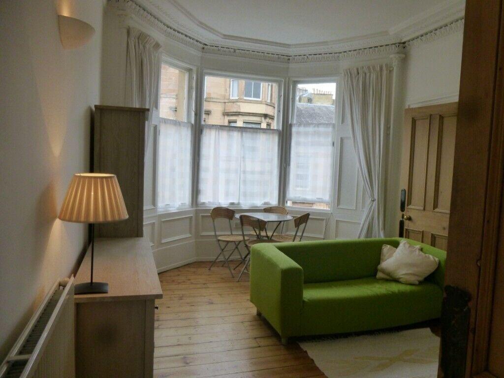 Fab 2 bedroom traditional tenement flat Hillhead ...