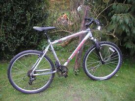 kona firemountain front suspension 7000 aluminium,runs well,tidy bike