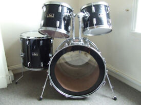 Pearl Rock Drum Kit