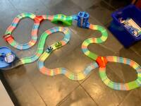 Big Magic Tracks set with accessories and 2 cars