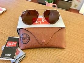 RayBan 3026 Gold aviator sunglasses